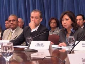 Hilda Solis secretaria trabajo EUA (D)