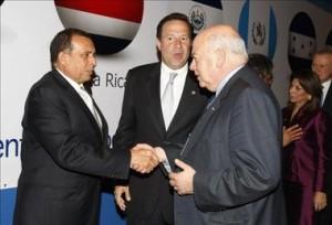 Pepe Lobo Jose Miguel Insulza secretario de la OEA