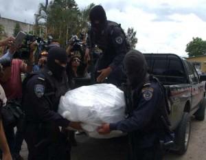 El Cadaver de Juan Ramón Rivera traslado por efectivos de la Policía
