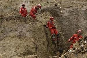Los cuerpos de rescate siguen buscando víctimas